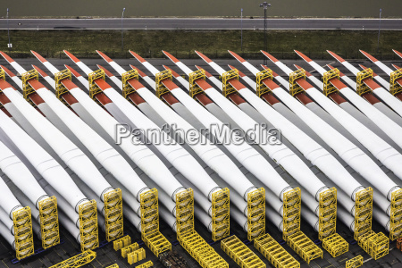 rows of rotor blades component part