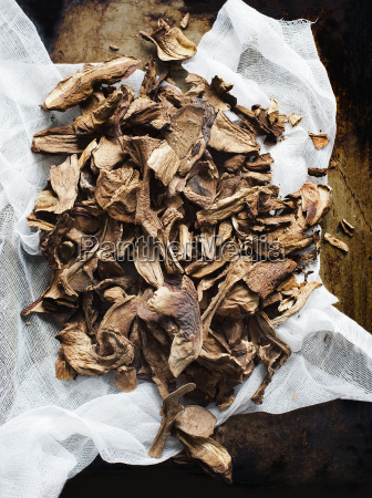 dried mushrooms