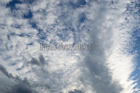 meteo meteorologia infuriare imperversare nuvole stratosfera