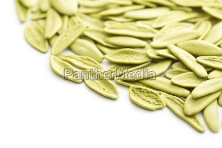 dried italian pasta with spinach flavour