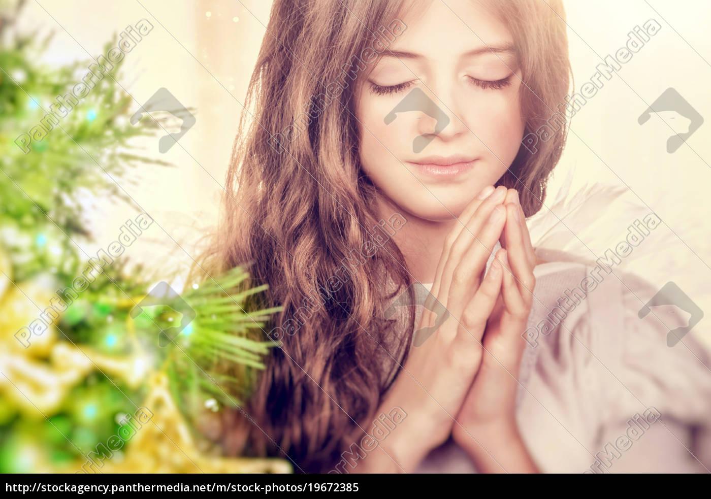 beautiful, angel, praying - 19672385