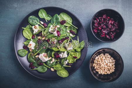 spinach salad with feta cheese