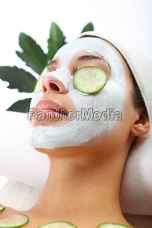 green mask a woman in the