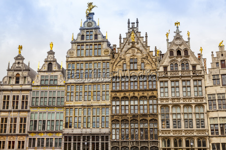 facades on the grote markt in