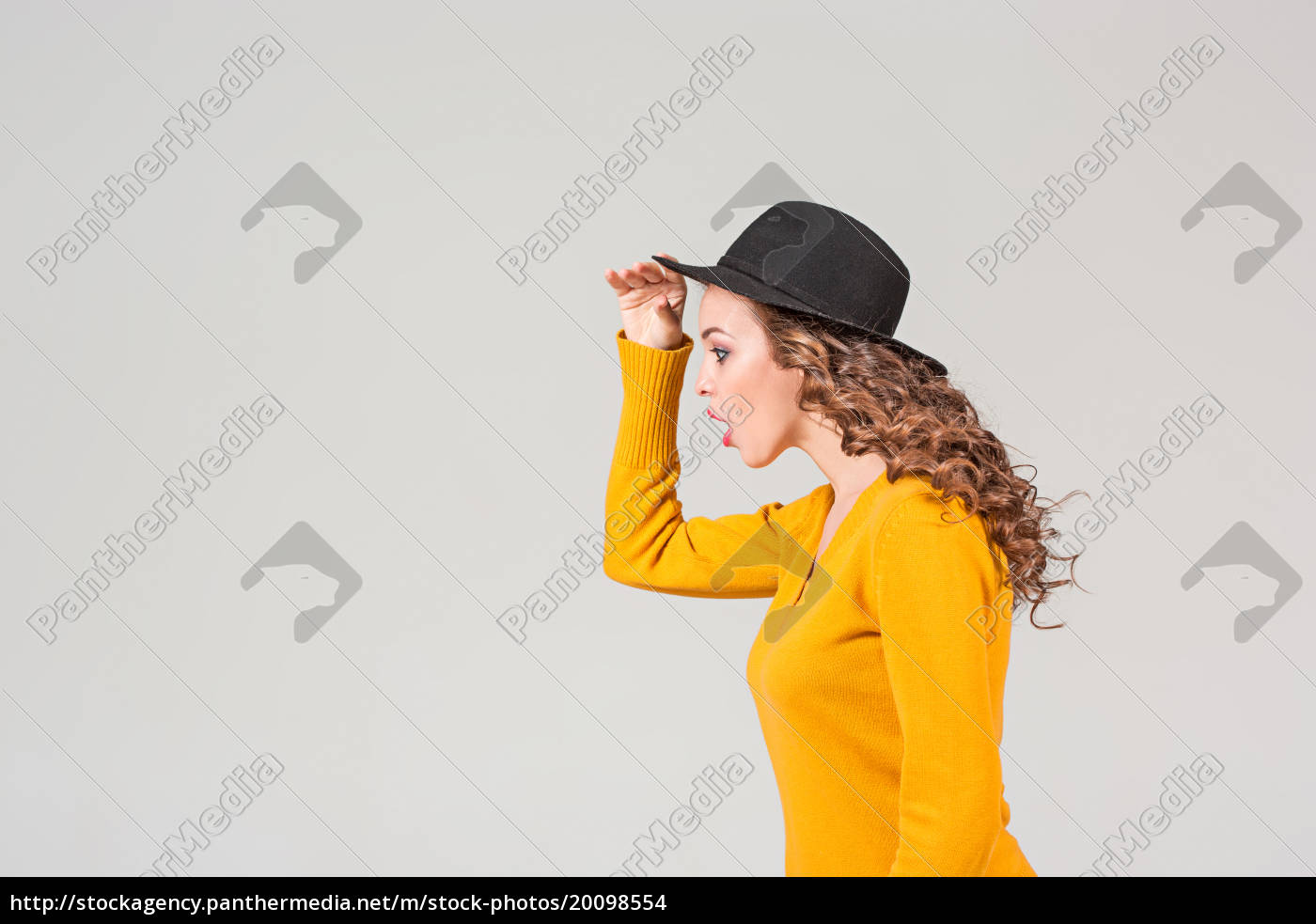 the, profile, of, girl, in, hat - 20098554
