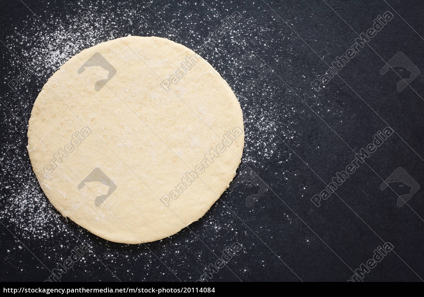rolled, out, pizza, dough - 20114084