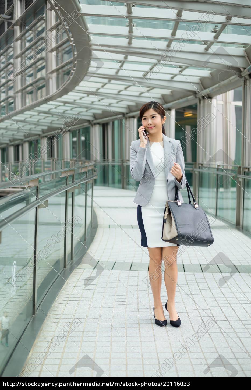 businesswoman, walking, at, outdoor - 20116033