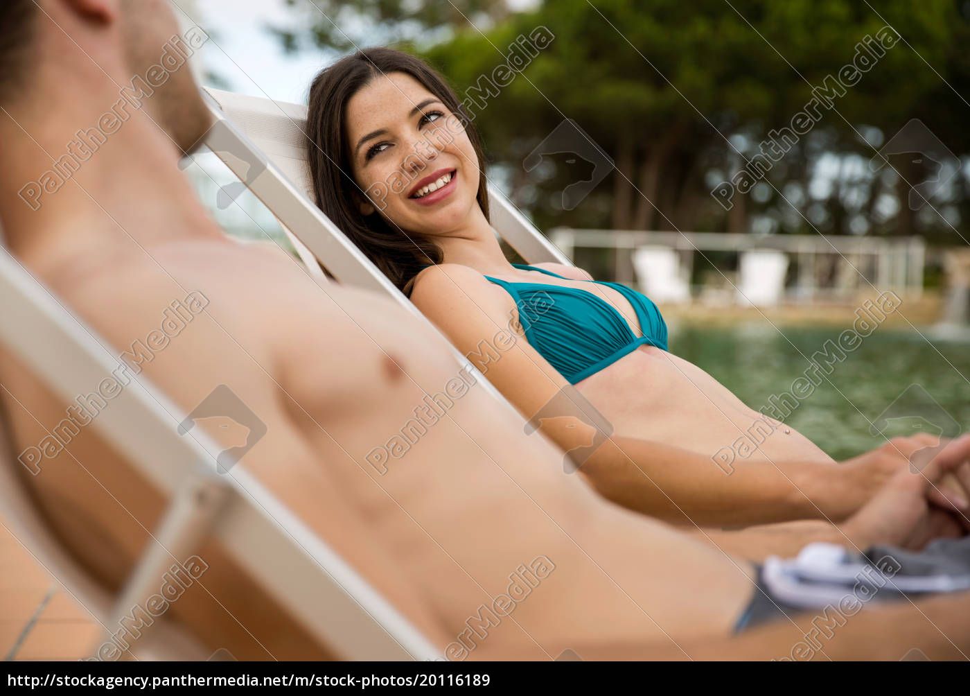 young, couple, in, a, jacuzzi - 20116189