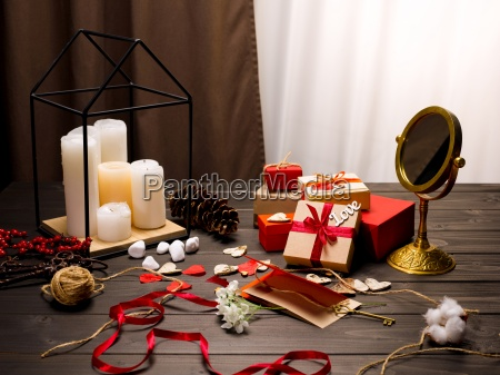 gift, boxes, and, candles - 20117633