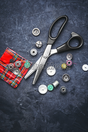 scissors, and, buttons - 20117005