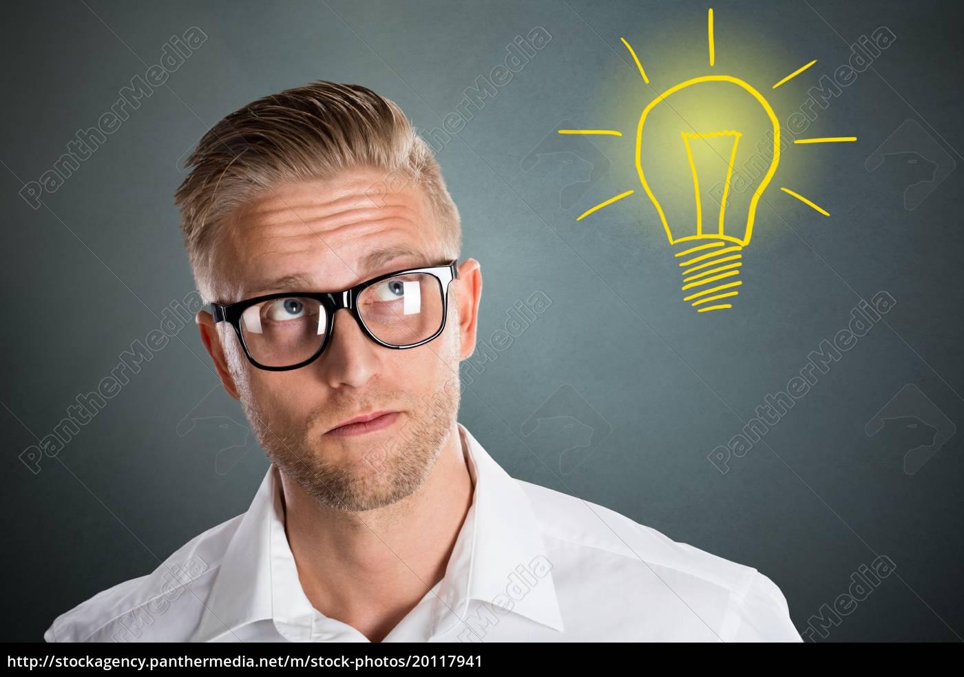 young, man, having, an, idea - 20117941