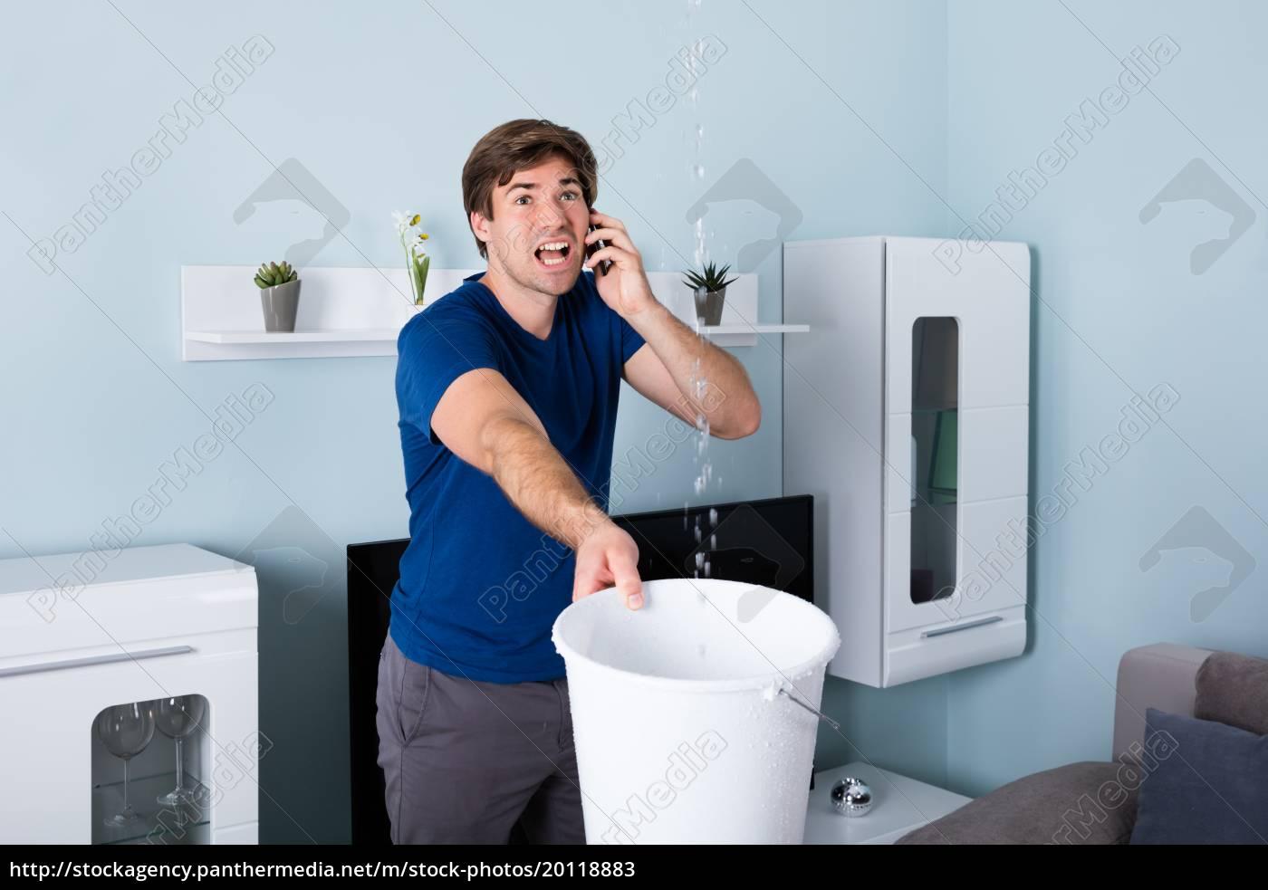 man, calling, plumber - 20118883