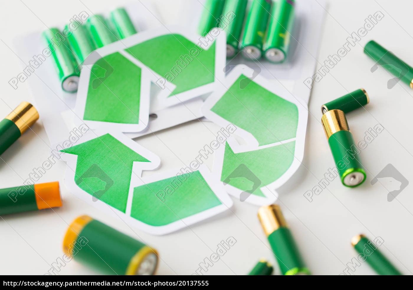 close, up, of, batteries, and, green - 20137555