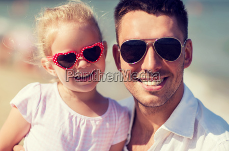 happy, family, in, sunglasses, on, summer - 20149755