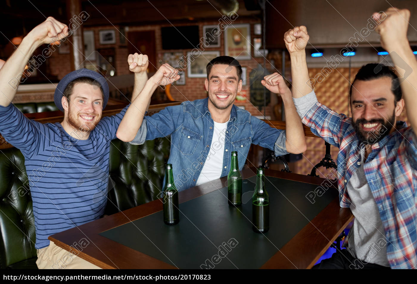 happy, male, friends, drinking, beer, at - 20170823