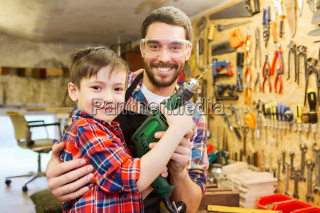 father, and, son, with, drill, working - 20171631