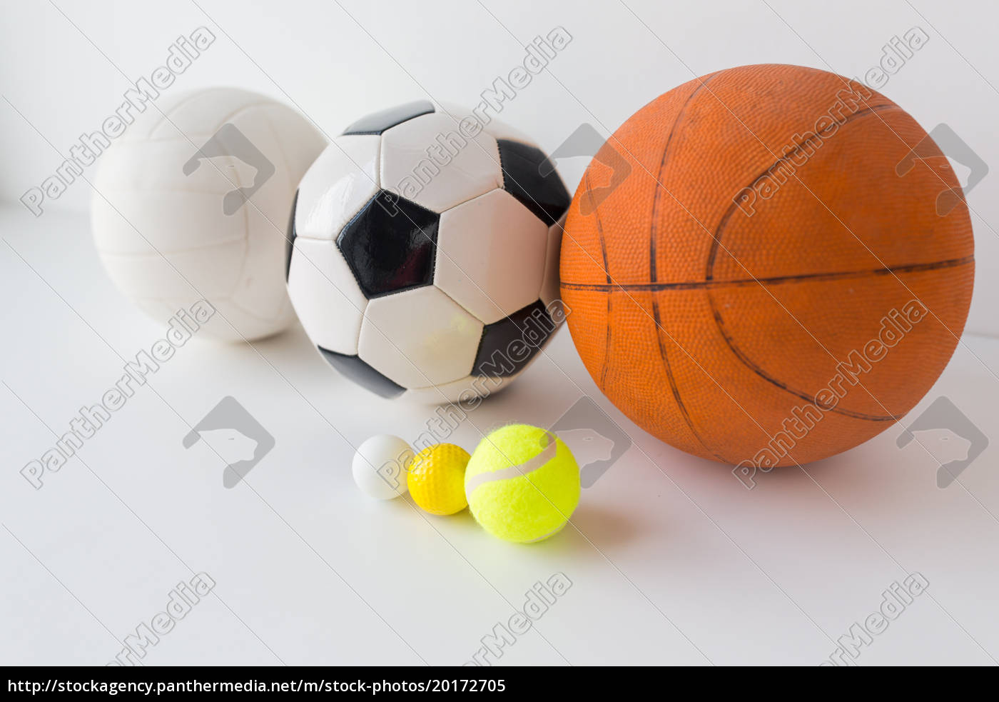 close, up, of, different, sports, balls - 20172705