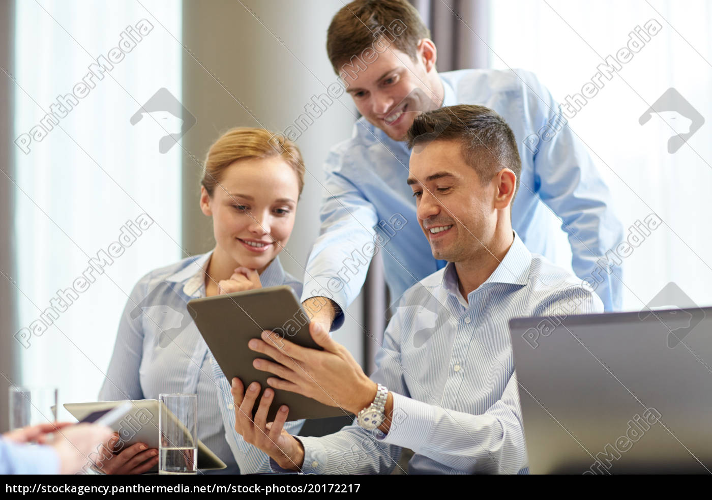 smiling, business, people, meeting, in, office - 20172217