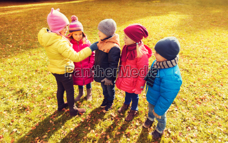 kids, in, autumn, park, counting, and - 20173249