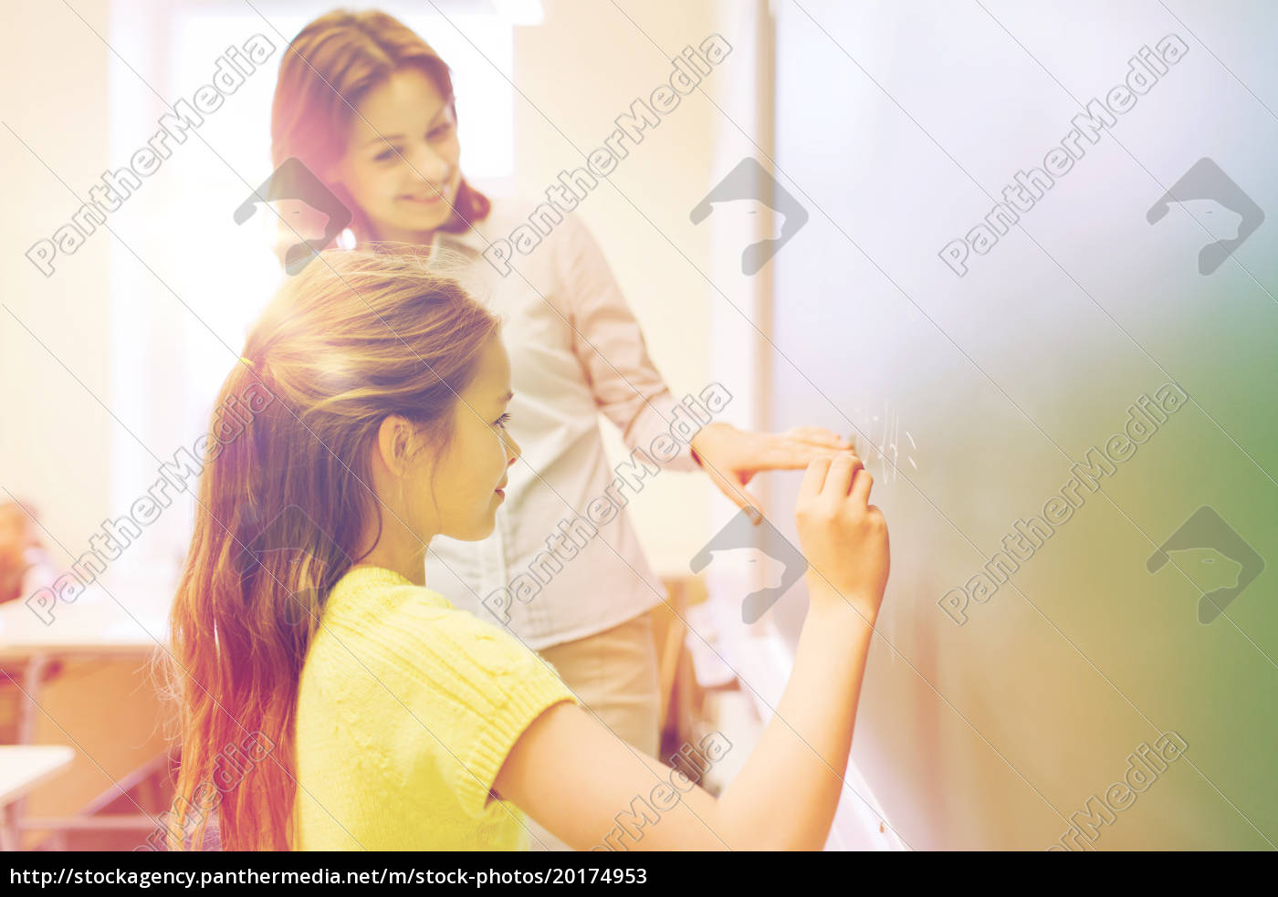 little, smiling, schoolgirl, writing, on, chalk - 20174953