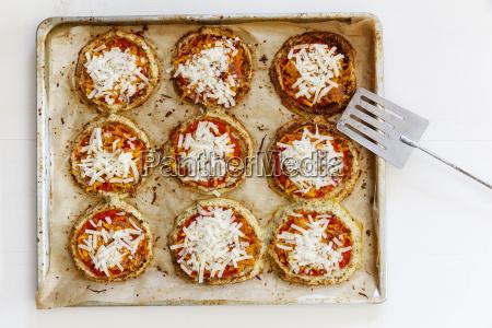 homemade glutenfree mini pizzas with cauliflower