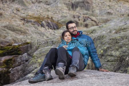 spain sierra de gredos couple resting
