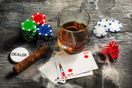cigar, , chips, for, gamblings, , drink, and - 20225325