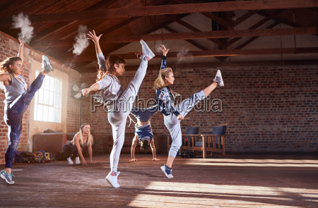 young hip hop dancers with powder