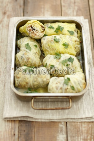 savoy cabbage roulades stuffed with chicken