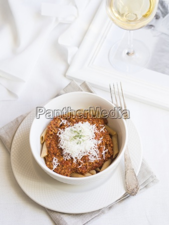 soya chunks bolognese sauce with whole