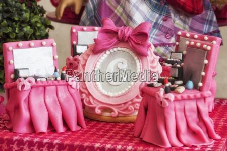 pink dolls house furniture