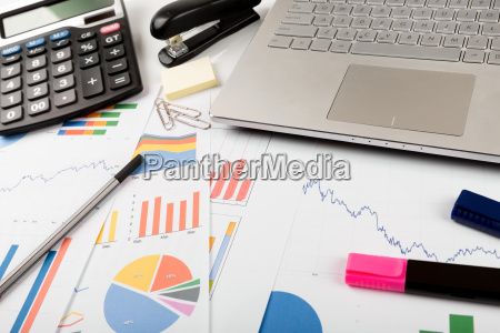 business financial data analyst workplace