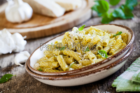 pasta, with, pesto - 20501321