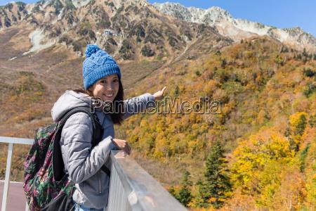woman go hiking in tateyama