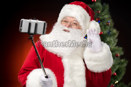 santa, claus, taking, selfie - 20508333