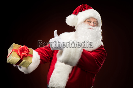 santa, claus, with, gift, box, in - 20508261