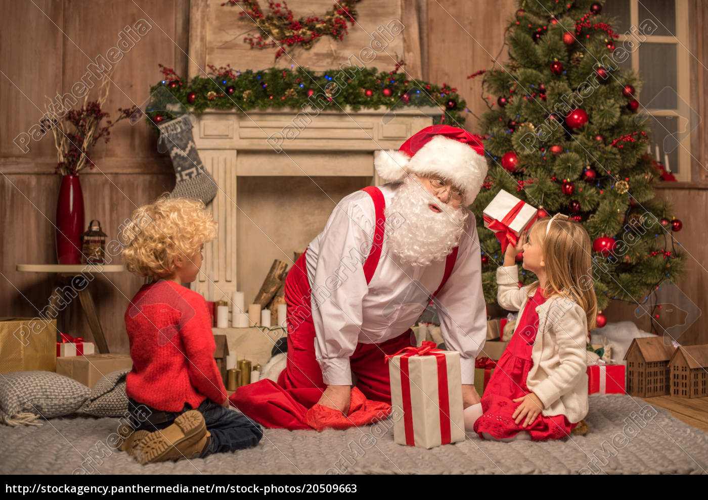 santa, claus, and, children, with, christmas - 20509663
