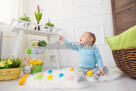 easter, egg, hunt., adorable, child, playing - 20513631
