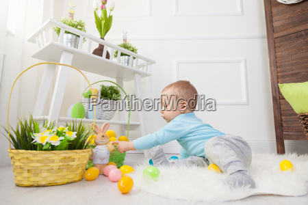 easter, egg, hunt., adorable, child, playing - 20513635