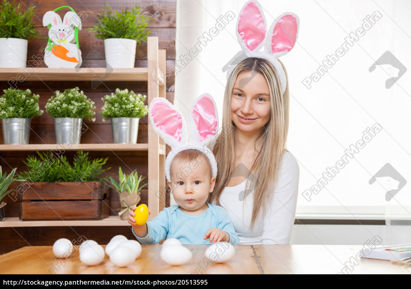 happy, mother, and, her, cute, child - 20513595