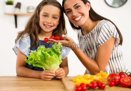 having, fun, in, the, kitchen - 20513143