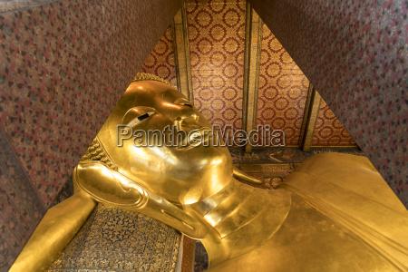 thailand bangkok reclining buddha at war