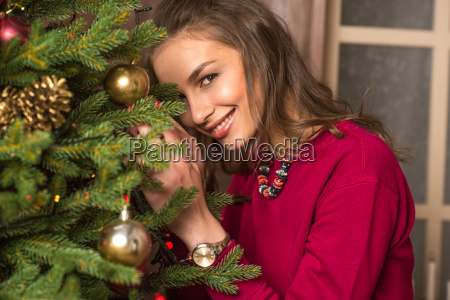 woman, decorating, christmas, tree - 20548127