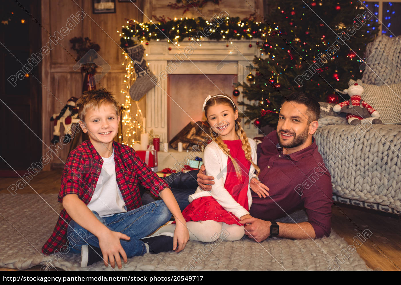 happy, father, with, children - 20549717