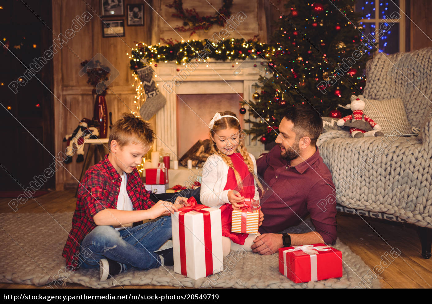 happy, father, with, children - 20549719