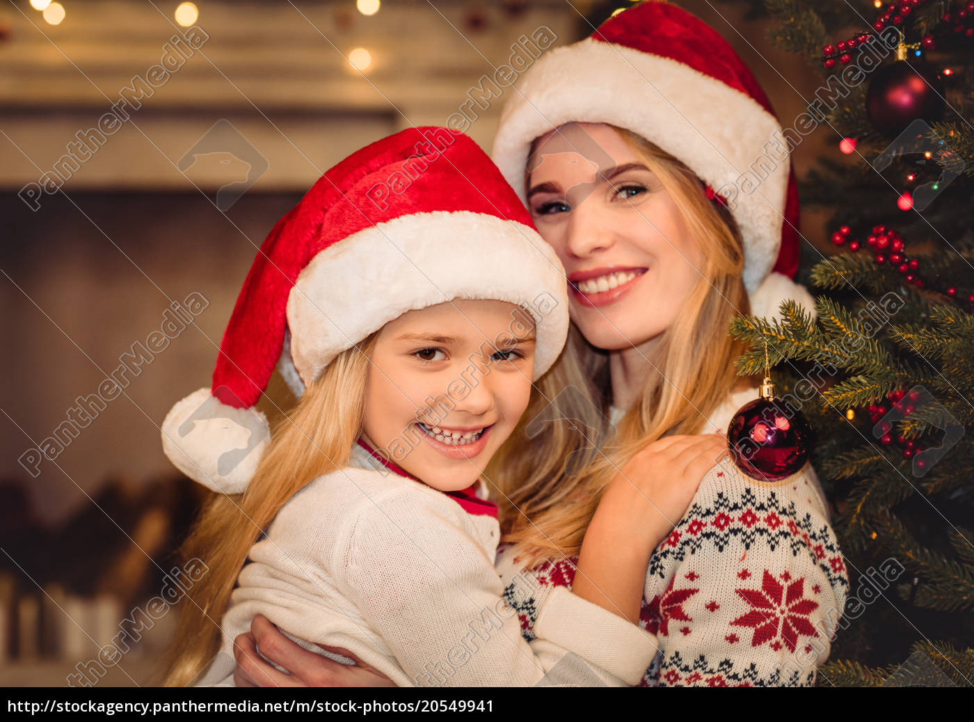 happy, mother, and, daughter, in, santa - 20549941