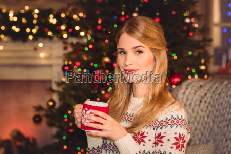 woman, holding, cup, with, hot, drink - 20549709