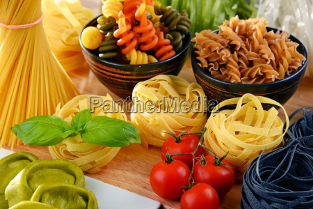 composition, with, different, sorts, of, pasta - 20556383
