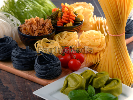 composition, with, different, sorts, of, pasta - 20556389
