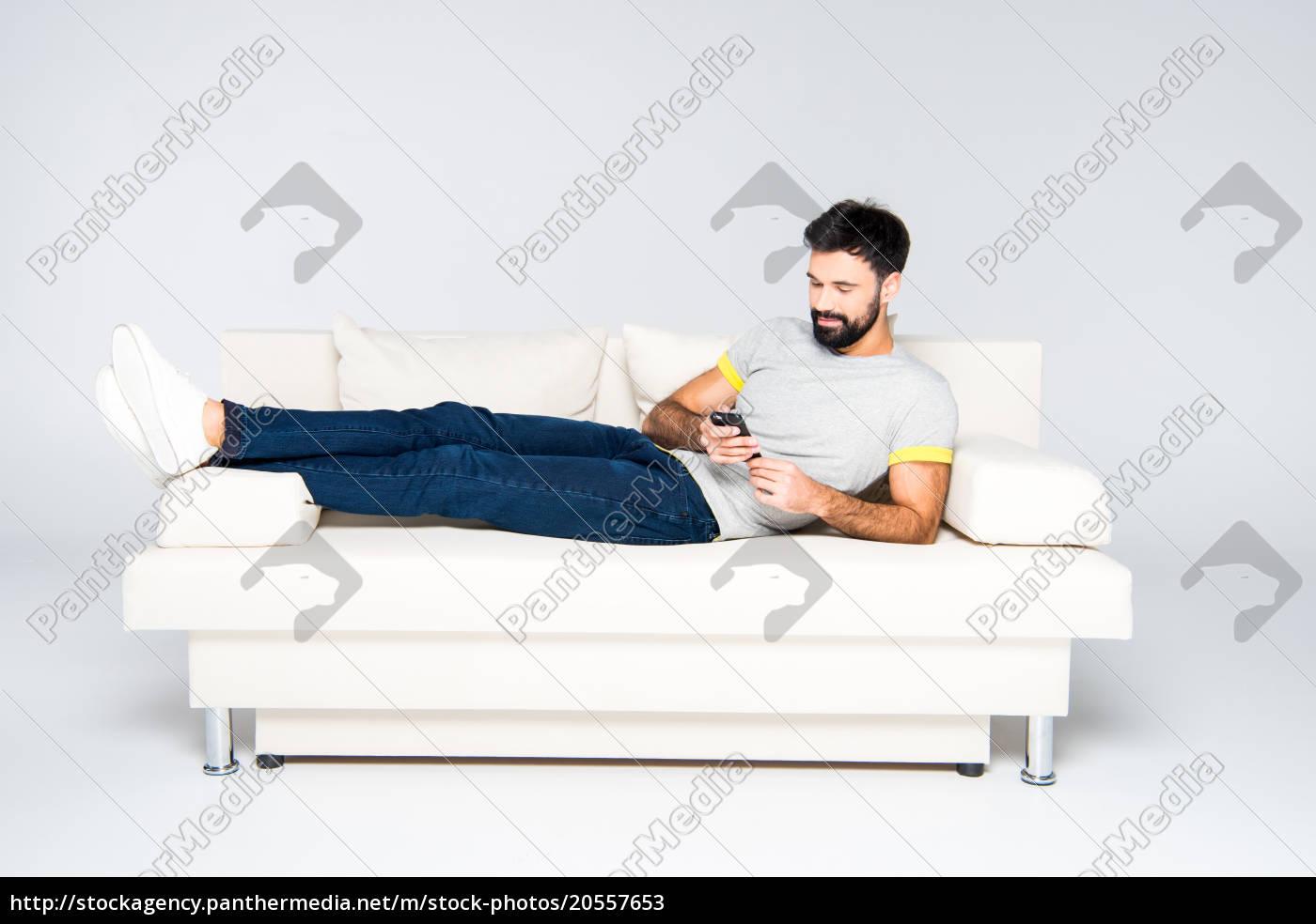 bearded, man, using, smartphone - 20557653